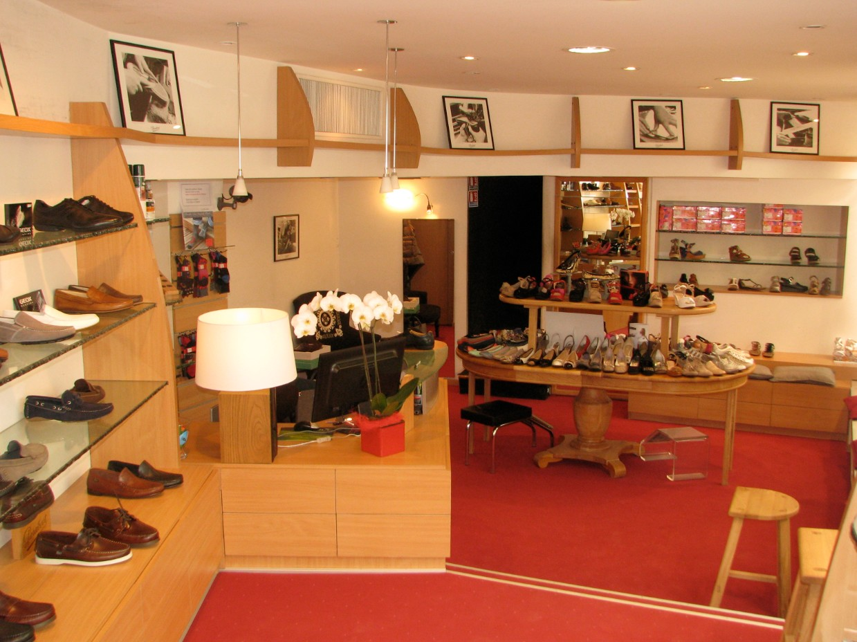 magasin chaussures saint clair