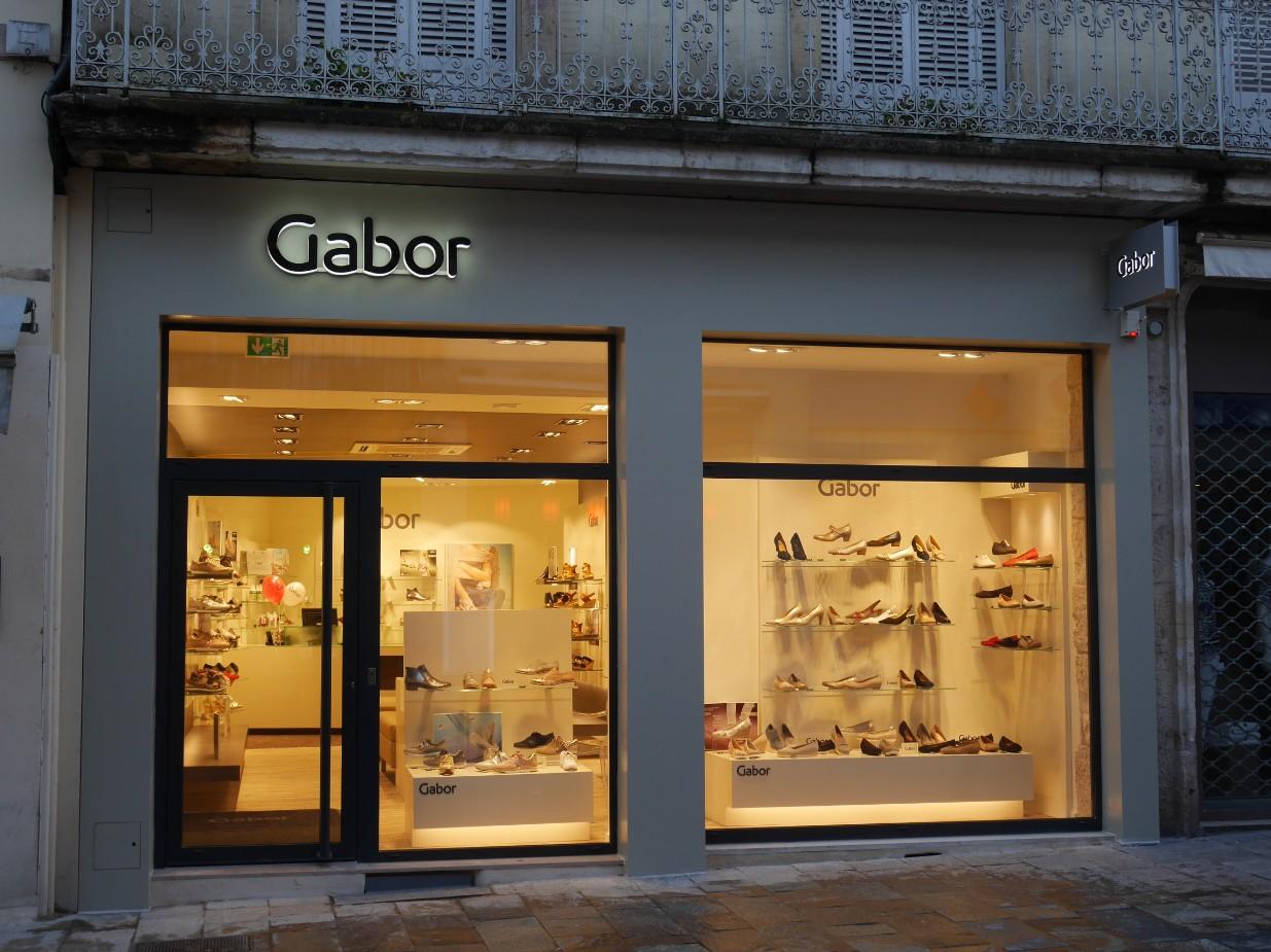 Magasins chaussures centre ville dijon for Le miroir dijon